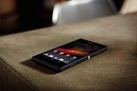 So sánh điện thoại di động Samsung Galaxy A3 và Sony Xperia SP C5320