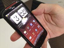 So sánh điện thoại giá rẻ Nokia XL và HTC Sensation XE