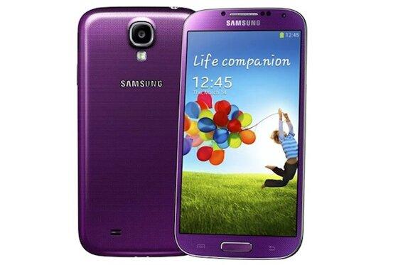 So sánh điện thoại giá rẻ Samsung Galaxy S4 và HTC One M7