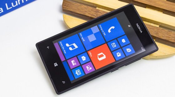 So sánh điện thoại giá rẻ Nokia Lumia 525 và LG L70 Dual