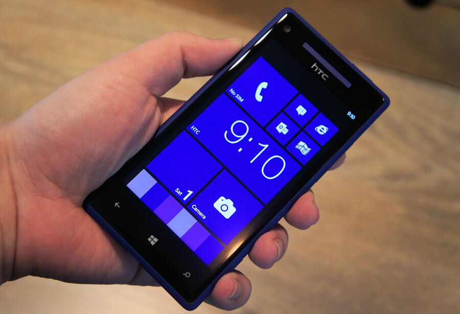 So sánh điện thoại HTC 8X và Điện thoại LG Optimus LTE2
