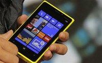 So sánh điện thoại HTC One E8 Dual và Lumia 920