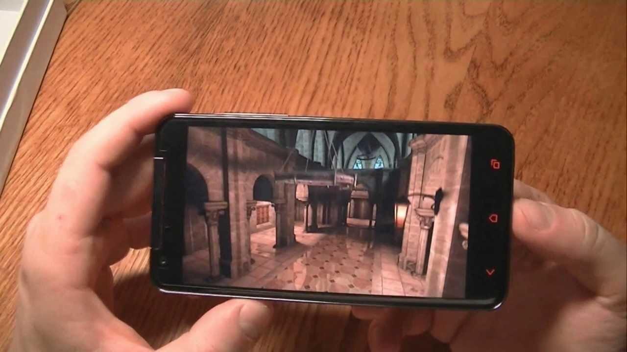 So sánh điện thoại HTC Butterfly X920 và Sony Xperia E4