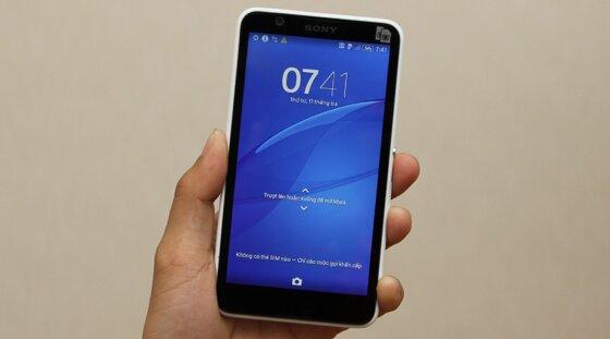 So sánh điện thoại Lumia 525 và Sony Xperia E4 trong phân khúc thị trường giá rẻ