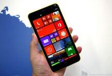So sánh điện thoại Nokia Lumia 1320 và HTC Desire SV