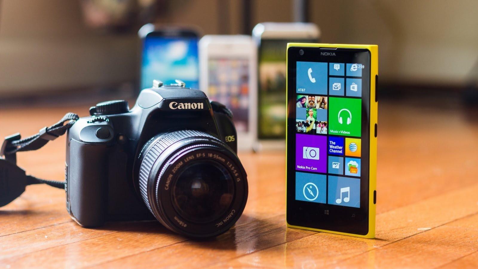 So sánh điện thoại Sony Xperia Z3 Compact và Lumia 1020