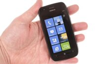 So sánh điện thoại Sony Xperia Z C6603 và điện thoại Nokia Lumia 710