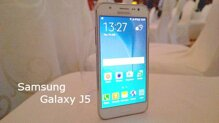 So sánh điện thoại Sony Xperia M4 Aqua và Samsung Galaxy J5