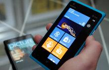 So sánh điện thoại Sony Xperia C3 Dual và điện thoại Lumia 710