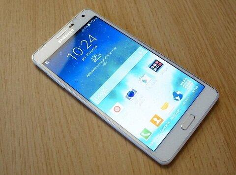 So sánh điện thoại tầm trung Sony Xperia Z3 và Samsung Galaxy A7