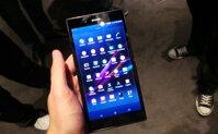 So sánh điện thoại tầm trung HTC One 802 và Sony Xperia Z Ultra