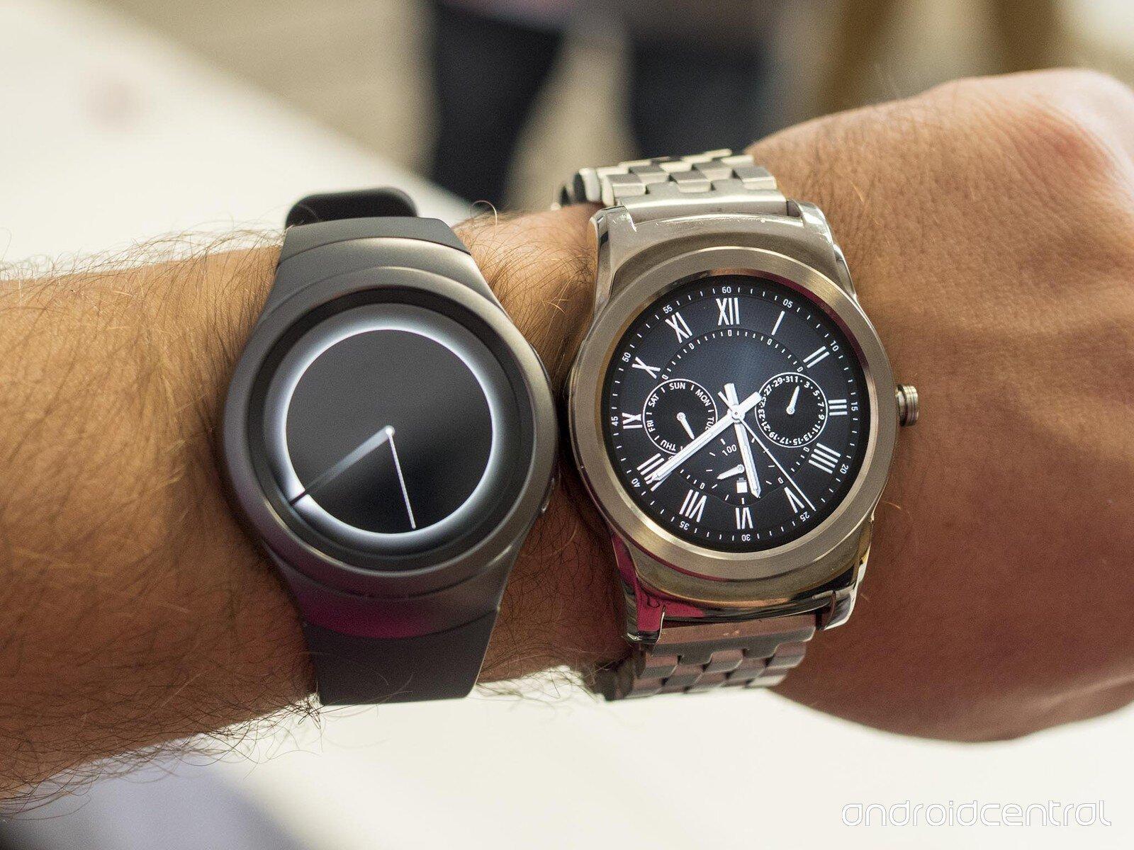 So sánh đồng hồ thông minh LG Watch Urbane 2 và Samsung Gear S2