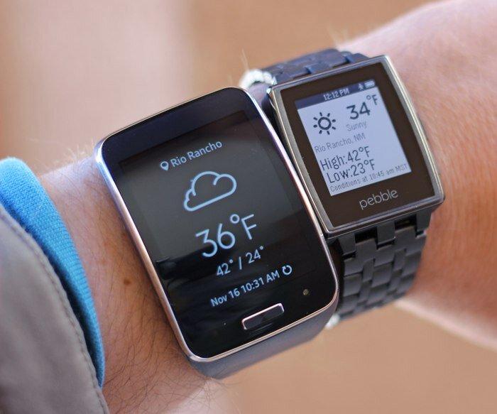 So sánh đồng hồ thông minh Samsung Gear S và Pebble Time
