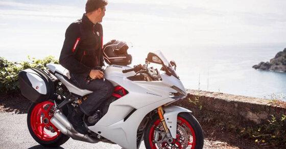 So sánh Ducati Supersport S version và Base version theo 6 tiêu chí
