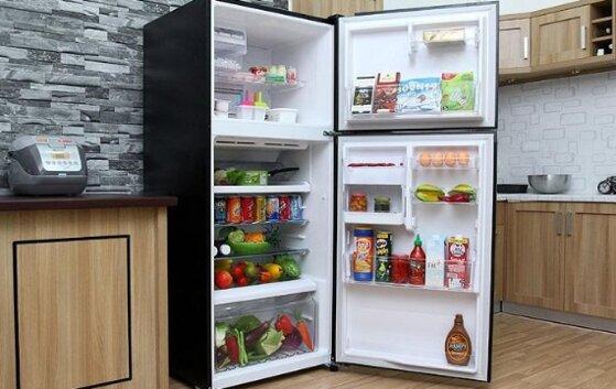 So sánh giá tủ lạnh Toshiba với Sanyo loại nào tốt hơn