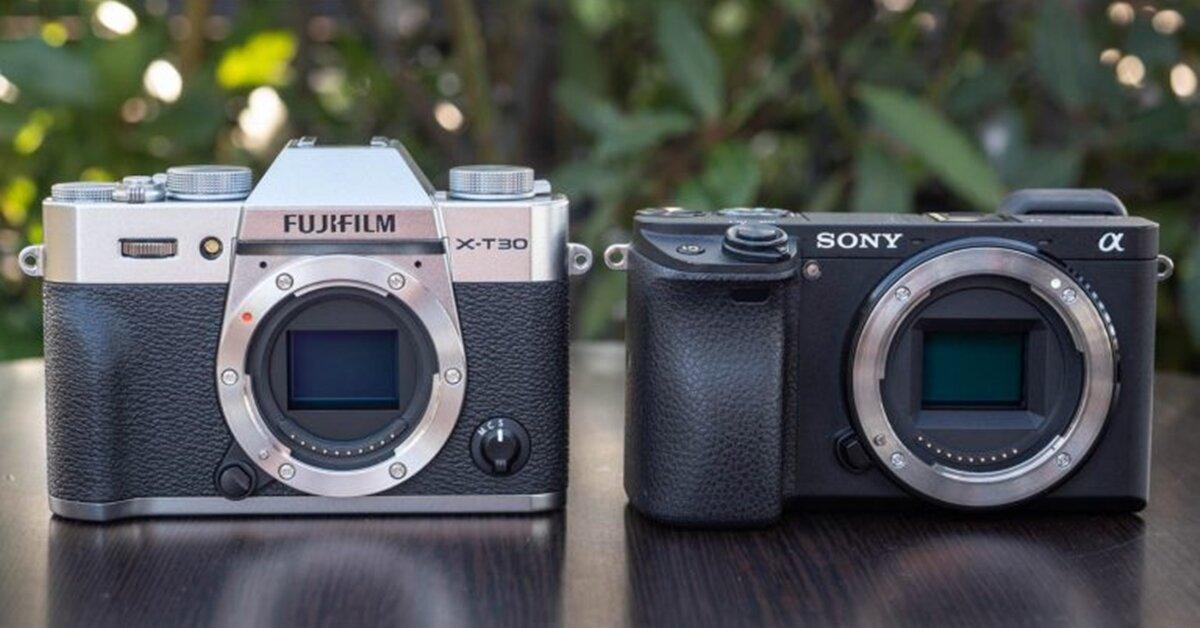 So sánh hai chiếc máy ảnh Fujifilm X-T30 vs Sony a6400