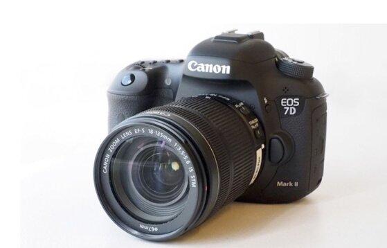 So sánh máy ảnh nào tốt nhất bắt nét nhanh giữa Nikon và Canon