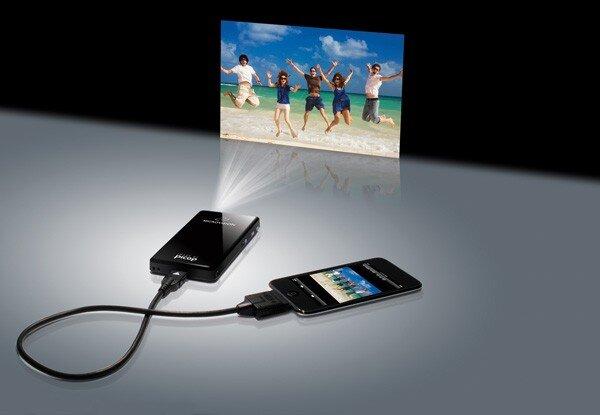 So sánh máy chiếu mini bỏ túi DLP Acer C20 và Optoma PK320