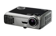 So sánh máy chiếu mini tầm giá 20 triệu Vivitek Qumi Q7 và Optoma EW330 – Màn ảnh rộng hay hỗ trợ 3D?