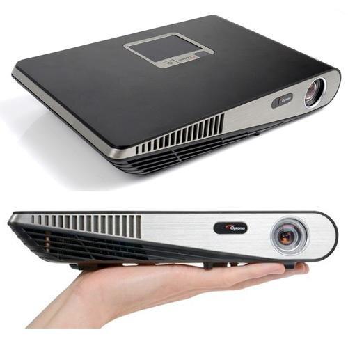 So sánh máy chiếu mini tầm giá 20 triệu Optoma ML1000 và BenQ GP10 –  Sắc nét hơn hay màn hình lớn?