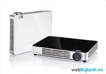 So sánh máy chiếu mini Vivitek Qumi Q7 và ViewSonic PLED 800