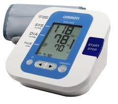 So sánh máy đo huyết áp Omron HEM 703 và Bremed BD 8200