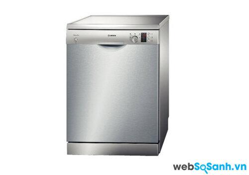 So sánh máy rửa bát Bosch SMS50E88EU và Electrolux ESF65050X
