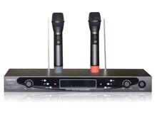 So sánh micro không dây: Shure 720 và Guinness MU 1200: đẳng cấp chất lượng