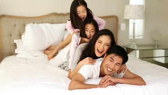 So sánh nệm bông ép và nệm PE loại nào tốt hơn cho giấc ngủ thêm sâu