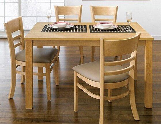 So sánh nên mua bộ bàn ghế Ulsan IBIE hay bộ bàn ăn Fhome BG-109