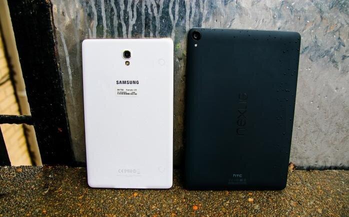 So sánh Nexus 9 và Galaxy Tab S 8.4: chọn sự đơn giản hay đa dạng?