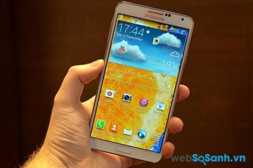 So sánh smartphone HTC One M7 và Samsung Galaxy Note 3