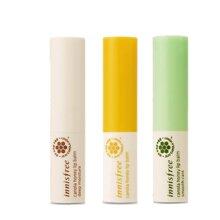 So sánh son dưỡng môi Carmex Lip balm stick và Innisfree Canola honey lip balm stick