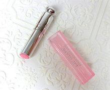 So sánh son dưỡng môi Dior Addict Lip Glow Color Reviver Balm và Chapstick Moisturizer