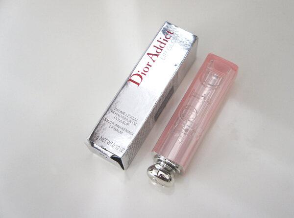 So sánh son dưỡng môi Dior Addict Lip Glow Color Reviver Balm và EOS Smooth Sphere Lip Balm