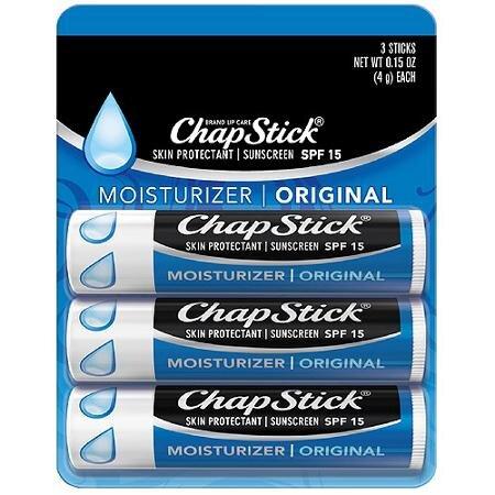 So sánh son dưỡng môi EOS Smooth Sphere Lip Balm và Chapstick Moisturizer Original