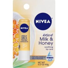 So sánh son dưỡng môi Nivea A Kiss of Milk & Honey Lip Care và The Body Shop Hemp Lip Conditioner