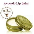 So sánh son dưỡng môi Skinfood Avocado lip balm và EOS Smooth Sphere Lip Balm