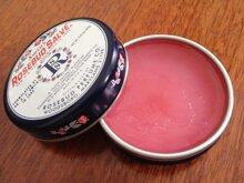 So sánh son dưỡng môi Smith's Rosebud Salve và Nuxe Reve de Miel Ultra-Nourishing Lip Balm