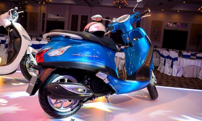 So sánh SYM Attila Elizabeth và Yamaha Nozza Grande