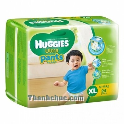 So sánh tã quần Huggies Ultra Pants bé trai với Moony L44 cho bé trai