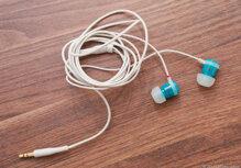 So sánh tai nghe NuForce NE-700 và SoundMagic E10