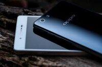 So sánh thiết kế Nokia Lumia 830 và OPPO R1: Trẻ trung hay sang trọng?