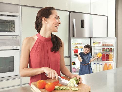 So sánh tủ lạnh giá rẻ LG GN-155PG và Panasonic NR-BJ185SNVN
