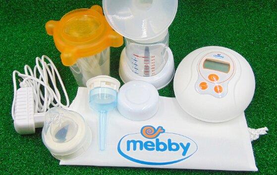 So sánh vắt sữa bằng tay hay máy tốt hơn theo ưu nhược điểm từng cách