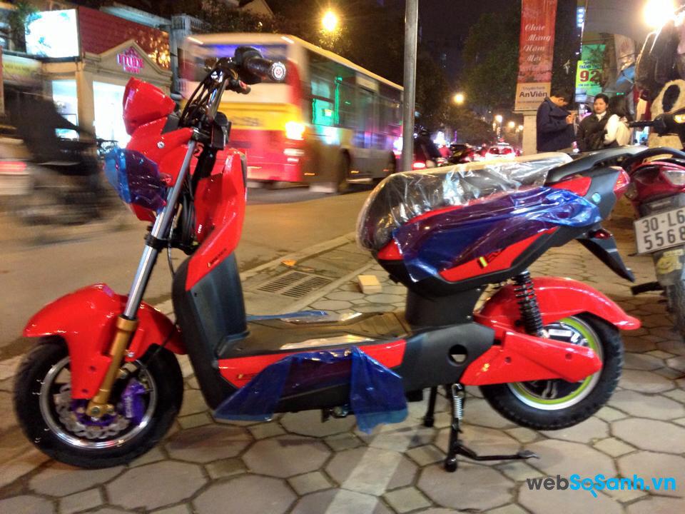 So sánh xe đạp điện và xe máy