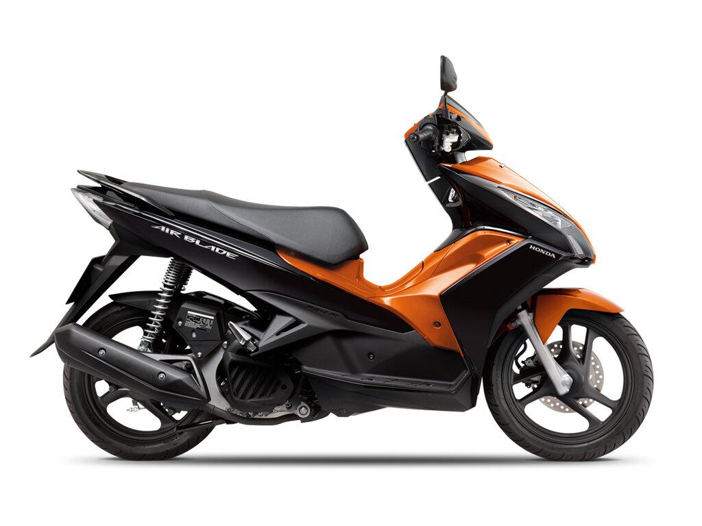 So sánh xe máy Honda Air Blade và Kymco Many
