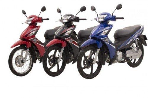 So sánh xe máy Honda Blade và Suzuki Revo