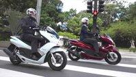 So sánh xe máy Honda Lead 125 và Honda PCX