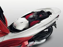 So sánh xe máy Honda SH Mode và Honda PCX
